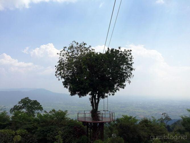ハートの木がある絶景カフェ【Bansuan Chomview】タイ・ピッサヌローク画像