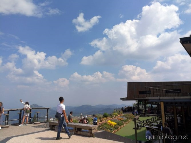 タイ・カオコーの人気絶景カフェ!ピノラテカフェ(Pino Latte Resort & Cafe)から雲海を眺めよう@ペッチャブーン