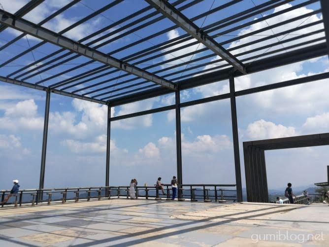 雲海が見える!カオコーの人気絶景カフェ「ピノ・ラテ(Pino Latte Resort & Cafe)」
