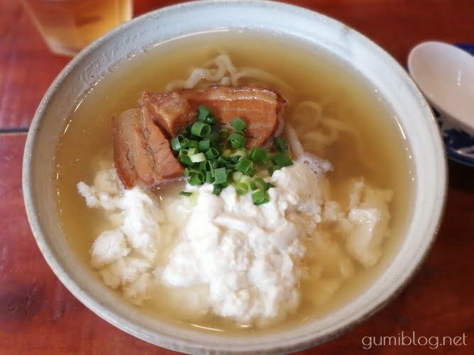 【そば家 玉那覇ウシ商店】コシの強い麺がクセになる@那覇市