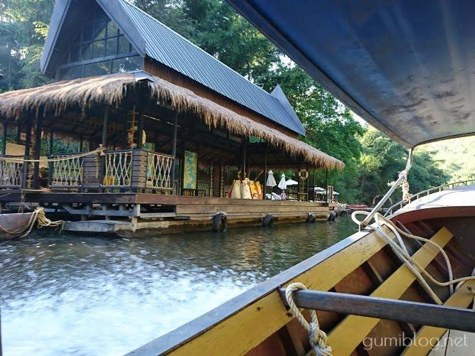 タイ・カンチャナブリの人気水上ホテルで流れ星を見よう!ザ・フロートハウス・リバークワイのエントランス