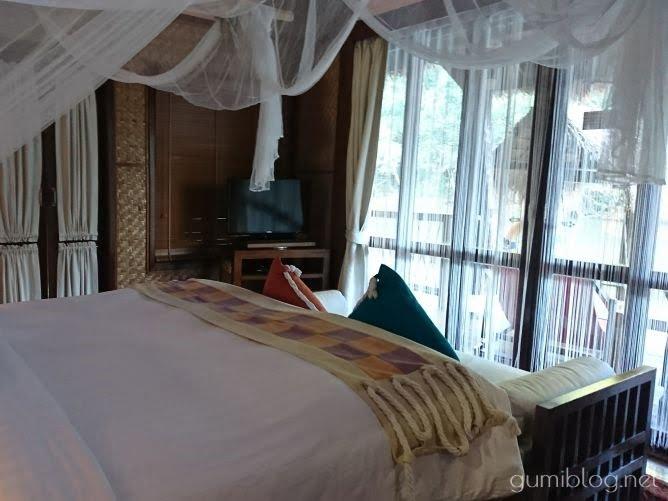 タイ・カンチャナブリの人気水上ホテルで流れ星を見よう!ザ・フロートハウス・リバークワイの室内