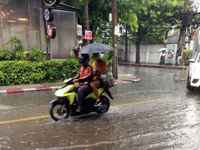 暑季の暑さや雨季のスコールなど気候のちがい