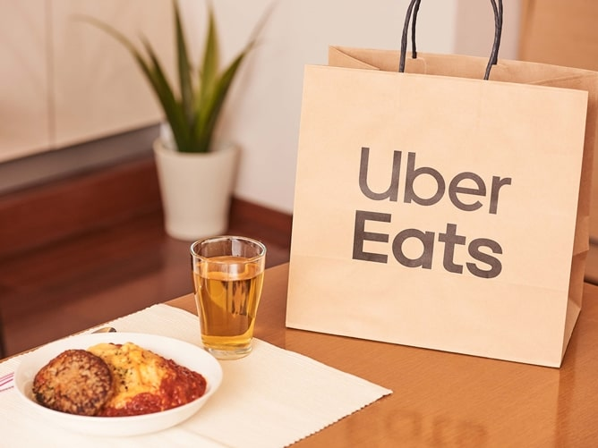 Uber Eats(ウーバーイーツ)ってどんなサービス?