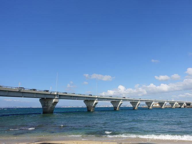 カーミージーの場所は沖縄県浦添市港川の「浦添北IC」付近