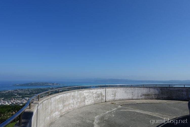 乙羽岳森林公園展望台は沖縄の穴場絶景スポット!古宇利島が見える