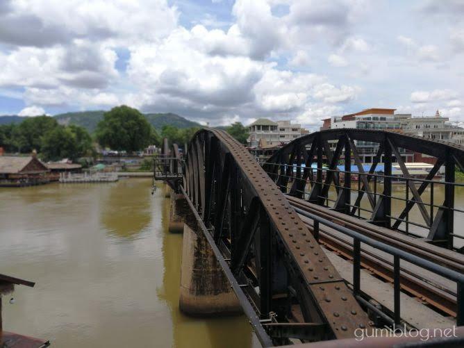 クウェー川鉄橋(戦場にかける橋)