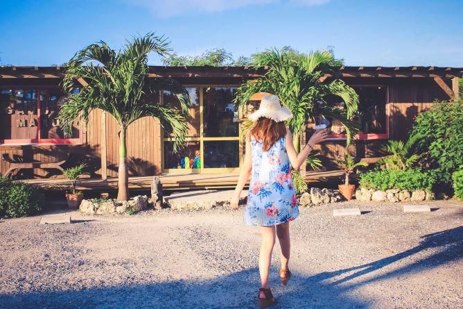 沖縄の服装イメージ画像