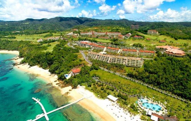 沖縄リゾートホテルランキング2位:カヌチャベイホテル&ヴィラズ