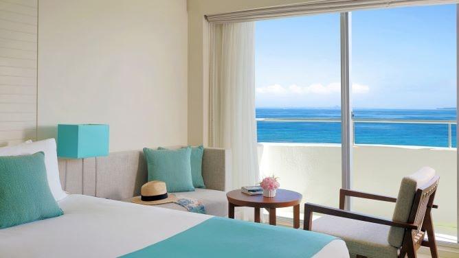 沖縄10月のおすすめホテル3選!リゾート気分高まる「全室オーシャンビューホテル」