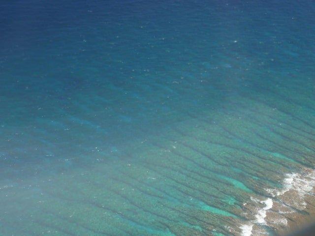 沖縄の10月の海は泳げる?海水浴や水温・クラゲについて
