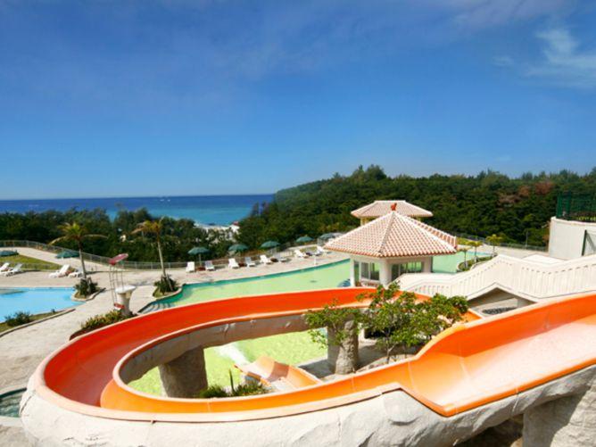 沖縄9月のおすすめホテル3選!子連れも楽しめるプール充実のホテル
