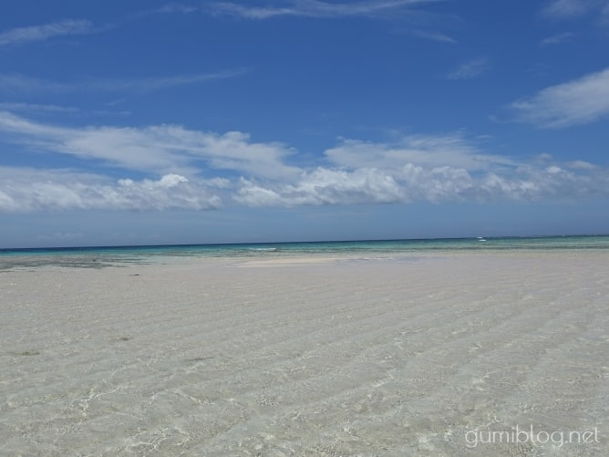 与論島の百合ヶ浜は強風に注意!海況を見て遊ぼう