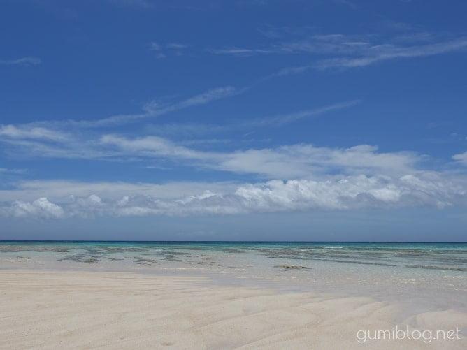 与論島の百合ヶ浜でシュノーケリング